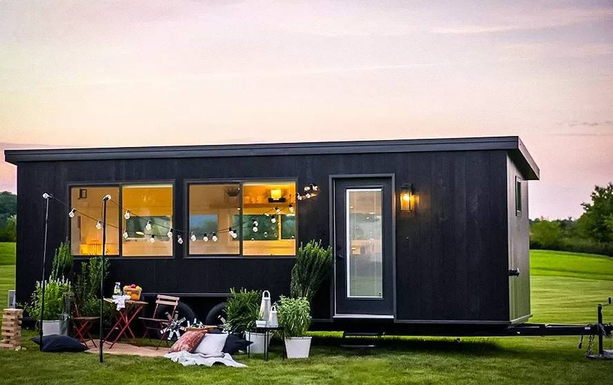 See an eco-friendly mobile home with IKEA furniture